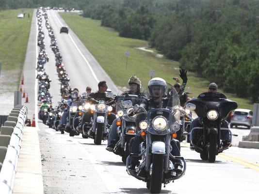 635830412637498056-FNPBrd-11-04-2013-NewsPress-1-D003--2013-11-01-IMG--bikers01.jpg-201111-1-1-R85HPTOF-L310694433-IMG--bikers01.jpg-201111-1-1-R85HPTOF