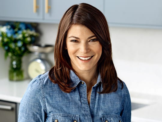 """Gail Simmons, judge on """"Top Chef"""" will be at the Palm Desert Food and Wine Festival."""