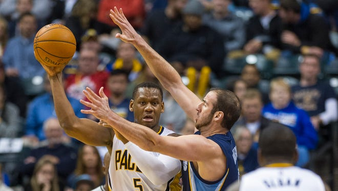 Indiana Pacers' Lavoy Allen will fill in for injured backup center Ian Mahinmi.