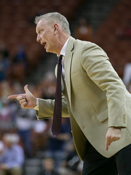 Kansas State coach Jeff Mittie yells to his team during the first half against Texas in an NCAA college basketball game Wednesday, Feb. 17, 2016, in Austin, Texas. (Deborah Cannon/Austin American-Statesman via AP)