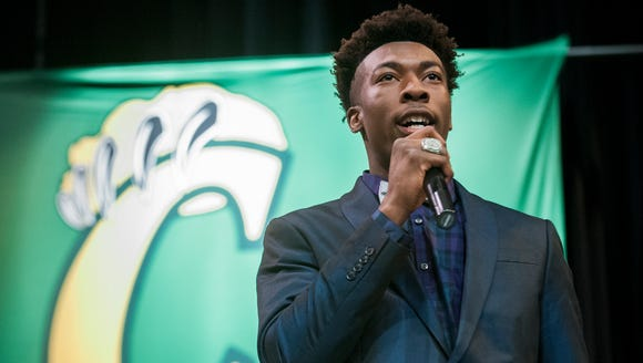 Carver High School's Xavier Lane signs with Western