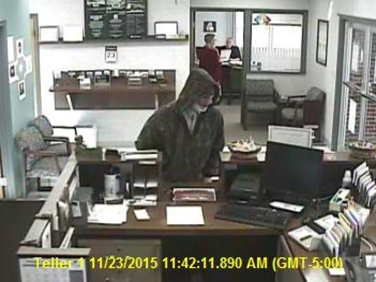 635838966229354035-Eaton-bank-robbery-suspect-1.JPG