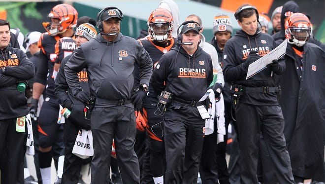 Cincinnati Bengals head coach Marvin Lewis watches the game in the first quarter during the Week 8 NFL game between the Indianapolis Colts and Cincinnati Bengals, Sunday, Oct. 29, 2017, at Paul Brown Stadium in Cincinnati.