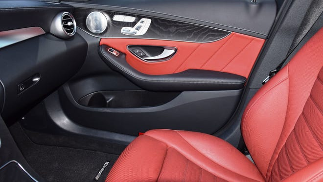 2015 Mercedes-Benz C400.