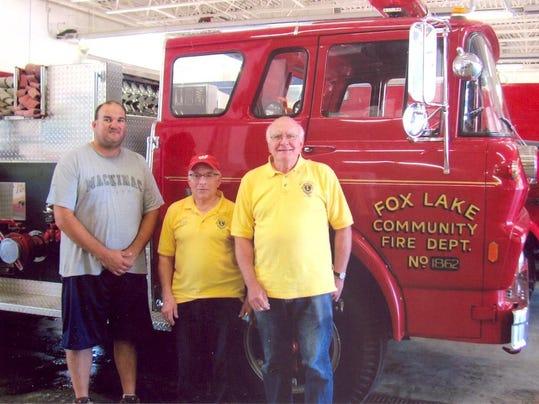 MNH 0812 Lions Fire truck (2)