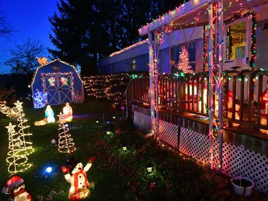 cpo-mwd-112017-christmas-lights