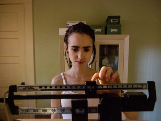 Ellen (Lily Collins) battles anorexia in 'To the Bone.'