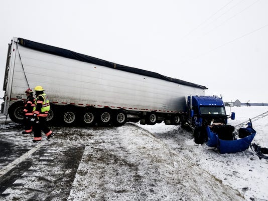 636196623615845274-AP-Winter-Weather-Michigan-M.jpg