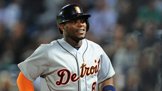 Tigers leftfielder Justin Upton heads back to the dugout after hitting a home run during the Tigers' 6-2 win over the Braves on Sept. 30, 2016.