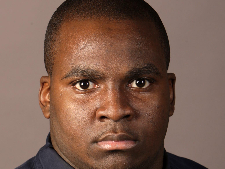 Offensive lineman James Thomas