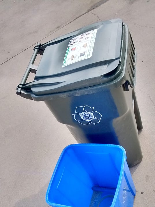 636238078163283206-0228recyclingcarts.jpg