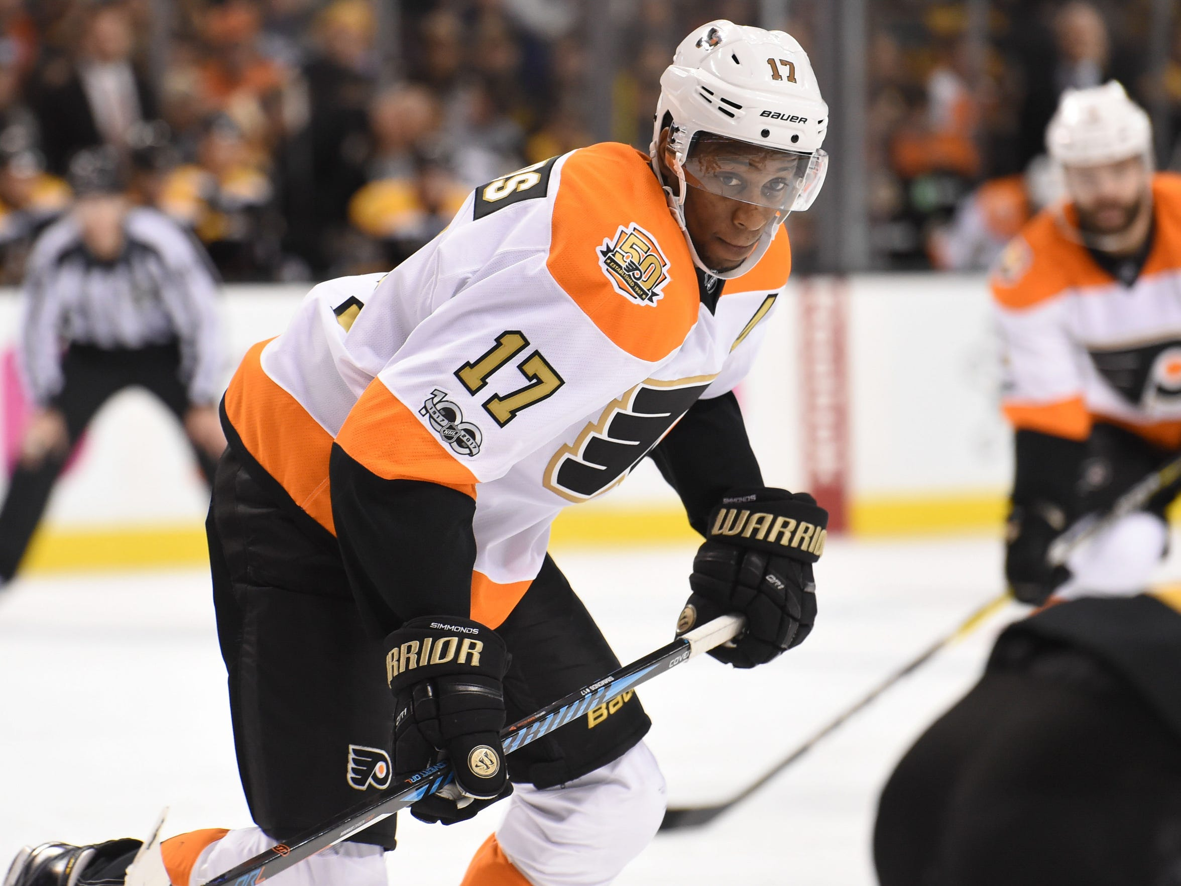 Wayne Simmonds' 21 goals leads the Flyers by a margin of six.