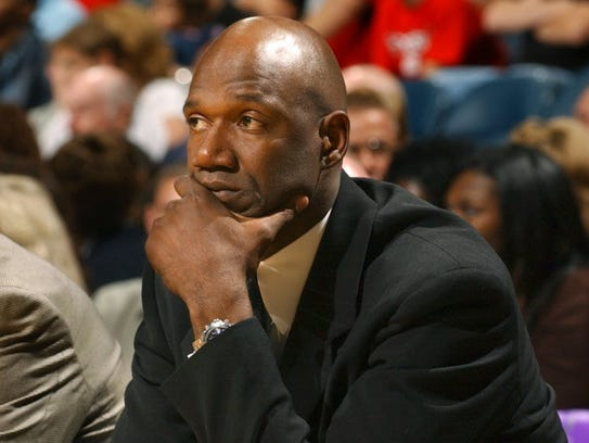 Terry Porter won his first game in the Bradley Center as Bucks coach on Nov. 1, 2003.