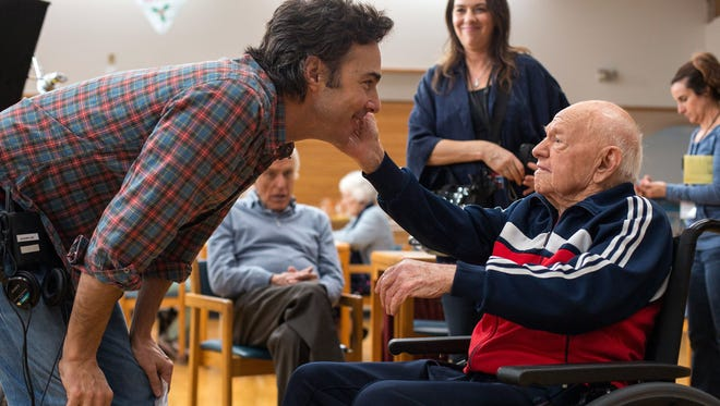Director Shawn Levy and Mickey Rooney on the set of 'Night at the Museum: Secret of the Tomb.'