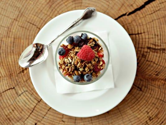 Granola, yogurt and berries