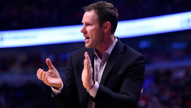 Chicago Bulls head coach Fred Hoiberg reacts to a play against the Philadelphia 76ers during the first quarter at the United Center.