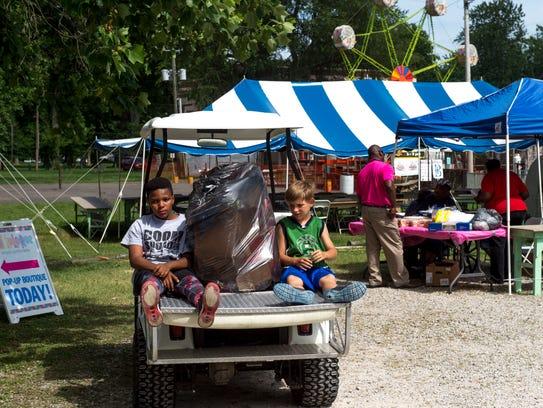 Ashton Smallwood, 11, left, and Dakota Wallace, 10,