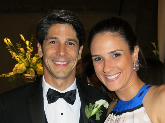 Rafael Pol, Fabiana Nunes at wedding reception.