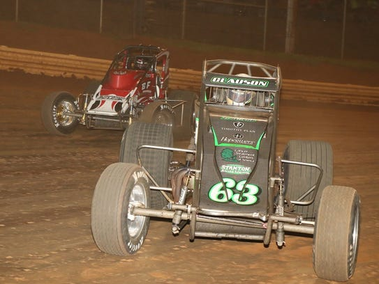 Bryan Clauson (63) leads the field at Lincoln Speedway