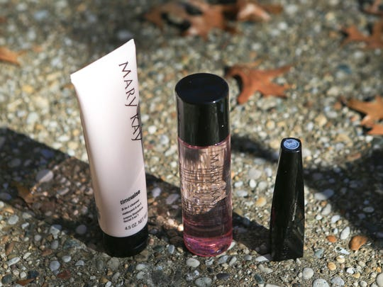 Stylemaker Stacey Spencer's favorite things include Mary Kay's 3-in-1 cleanser, lash intensity mascara and oil-free eye makeup remover.
