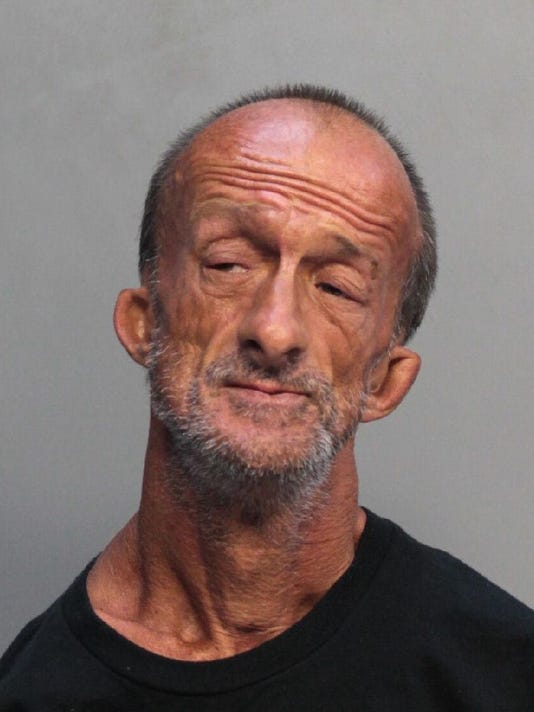 a homeless man with no arms stabbed a tourist in florida police say