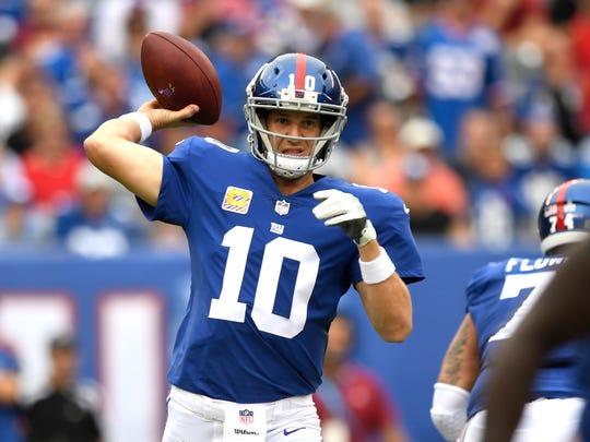 New York Giants quarterback Eli Manning #10 in the