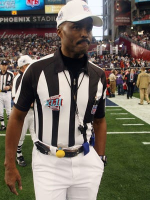 Mike Carey was the official for Super Bowl XLII.