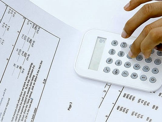 636567900212085643-accounting2.jpg