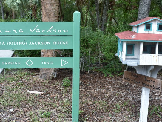 The entrance to the Laura Riding Jackson home located