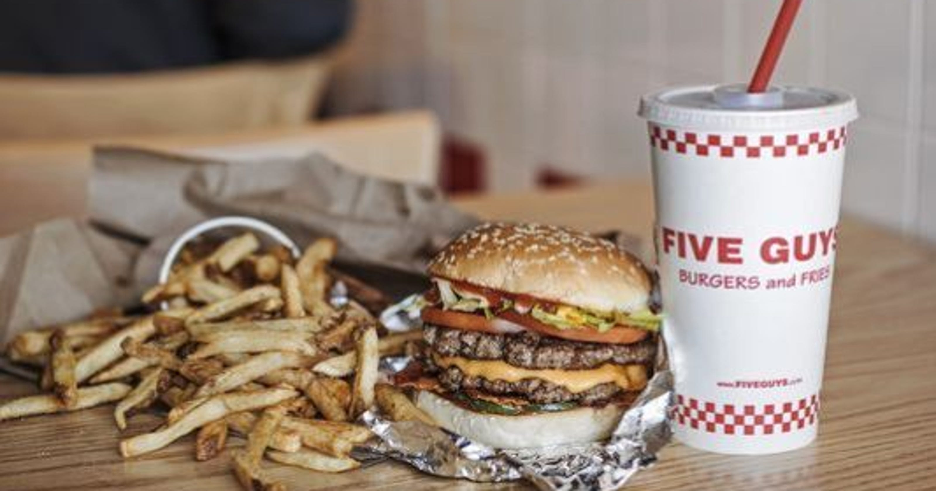 Five Guys to open in Garden State Plaza