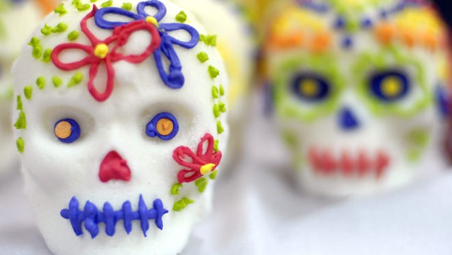 Sugar skulls in preparation for Day of the Dead at Mam‡ InŽs Mexican Bakery in Lafayette on Friday, October 23, 2009.