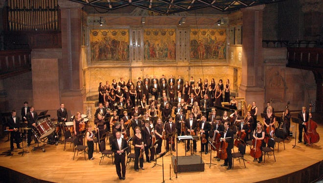 The Tim Keyes Consort is directed by Tim Keyes and is composed of both professional and amateur singers and instrumentalists from throughout Central New Jersey and eastern Pennsylvania.