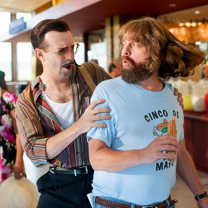 Jason Sudeikis and Zach Galifianakis play a scene in