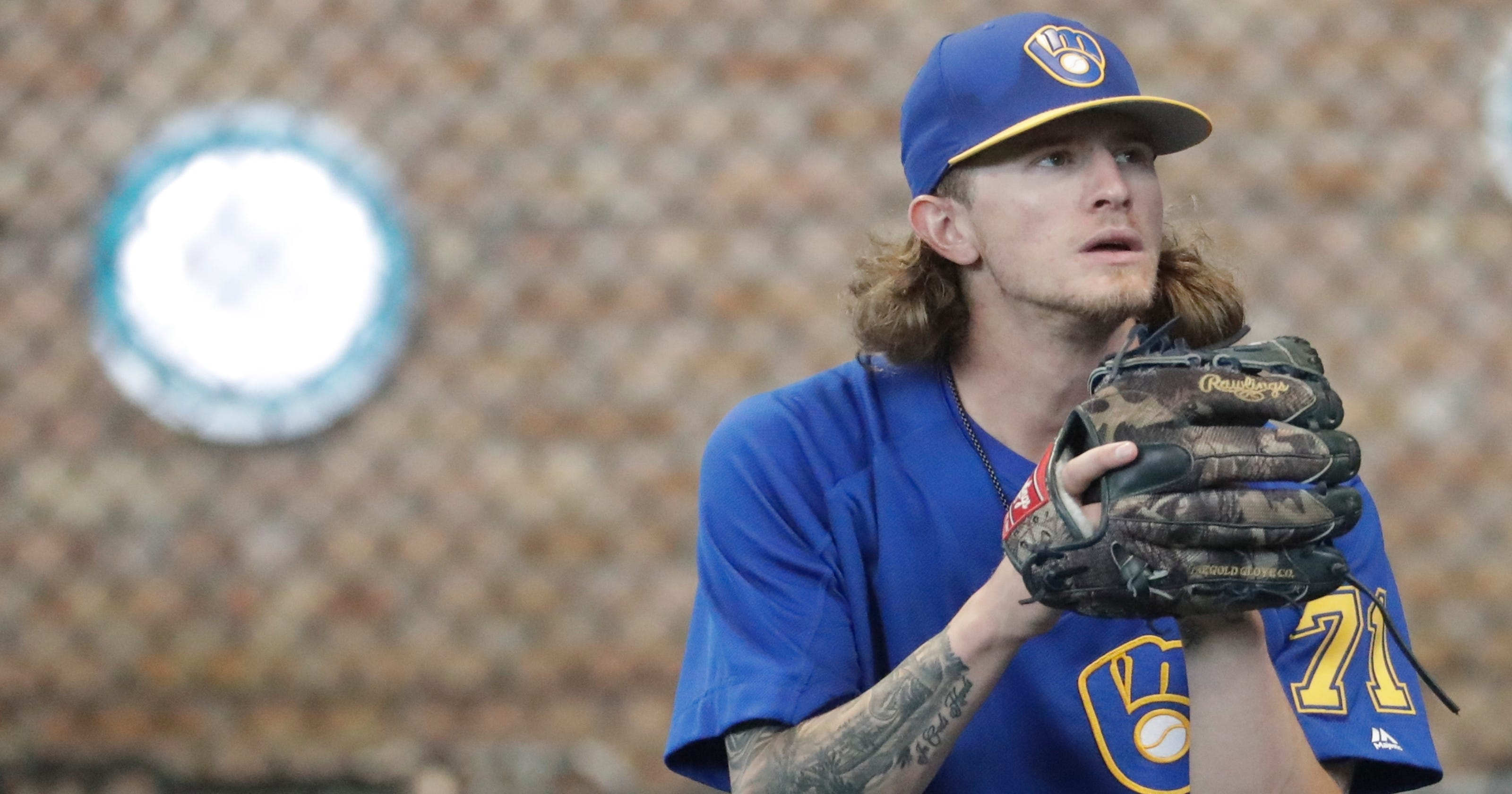 4ce2511e1 Milwaukee Brewers  Josh Hader apologizes to teammates for racist tweets