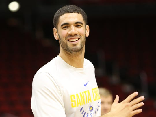 Former Iowa State star Georges Niang practices before his G-League game at Well Fargo Arena on Sunday, Nov. 19, 2017. Niang, who now plays for the G-League's Santa Cruz Warriors, was in Des Moines to face the Iowa Wolves.