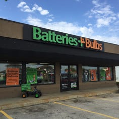 Batteries Plus is among franchisers with criticized 'no-poaching' clause in contract