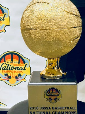 6th grade Titans grabbed the National Champions' trophy.