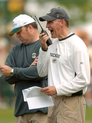 Former Packers offensive coordinator Joe Philbin (right) and coach Mike McCarthy (left) still share a bond.