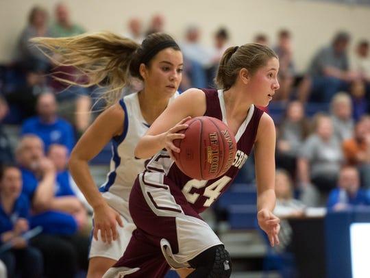 Shippensburg's Tori Rumbaugh runs the ball back down