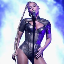 Beyonce, Jay-Z On the Run II Tour at University of Phoenix Stadium: How to get your tickets