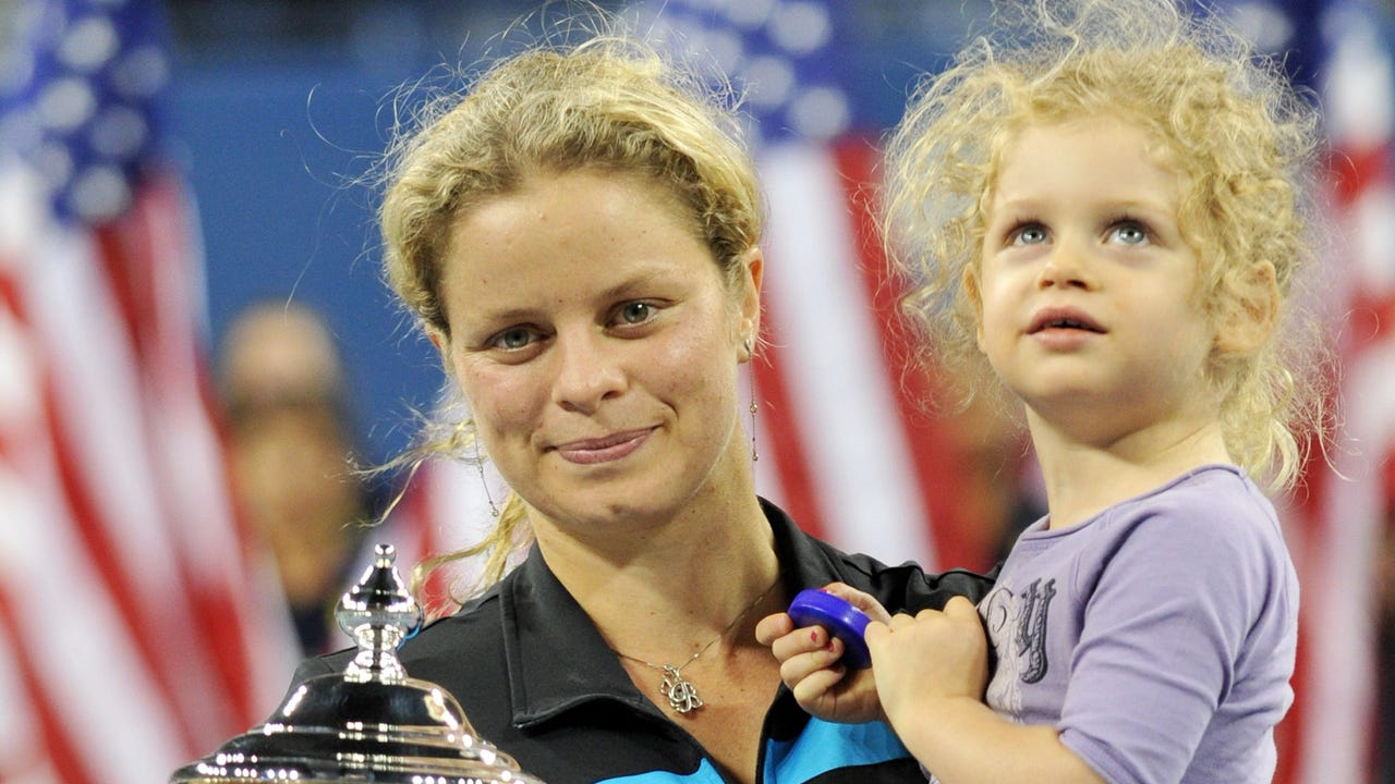 Three-time U.S. Open champion Kim Clijsters has first-hand experience of having a baby and then returning to the court to continue playing at an elite level.