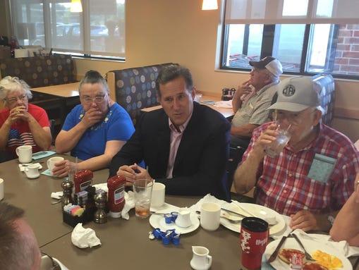 Santorum Tells Skeptics He Can Still Win White House Race