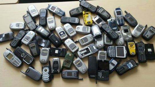 Cell Phones for Soldiers provides cost-free communication