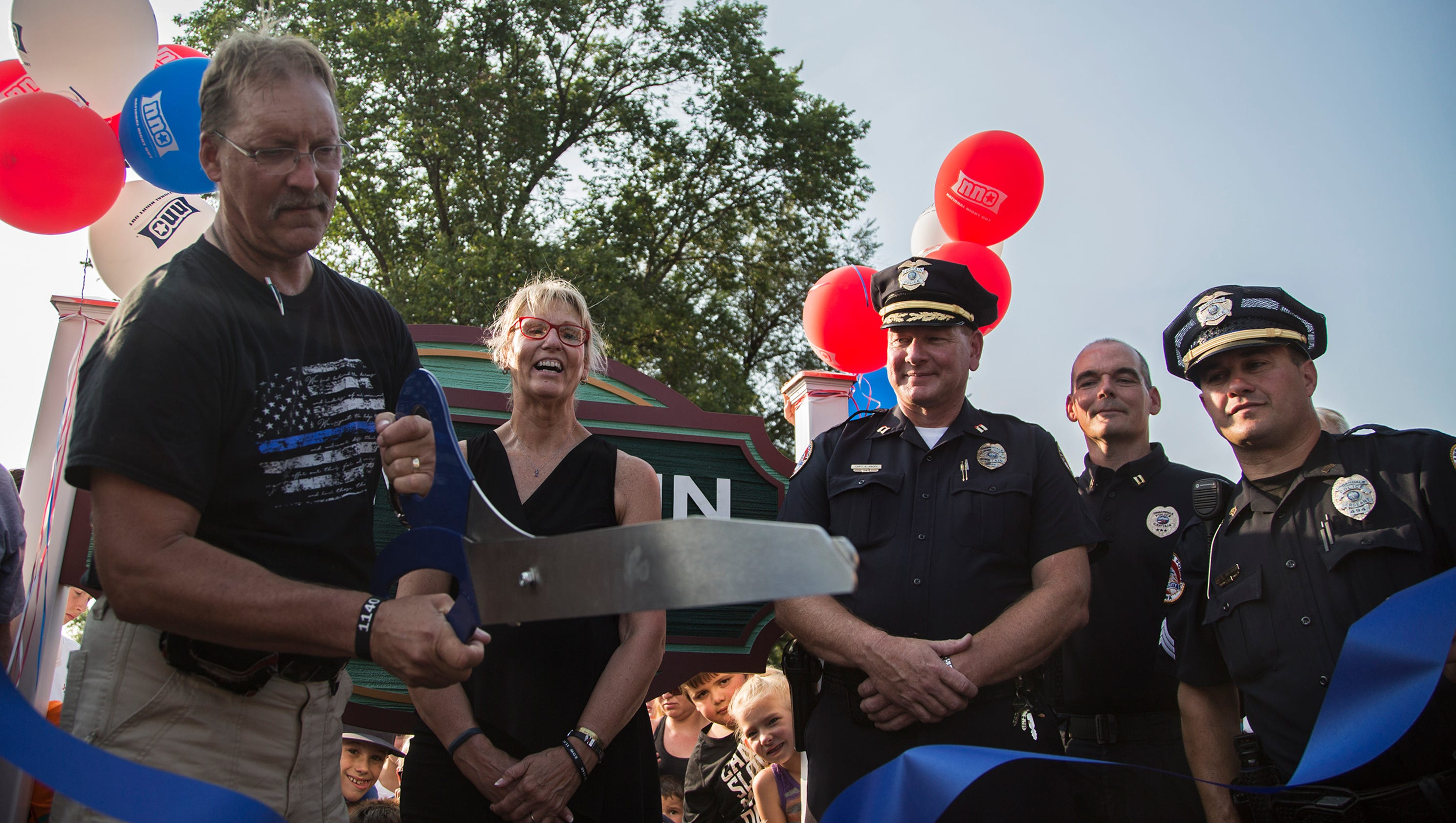 Photos urbandale national night out for Mercedes benz of des moines urbandale ia