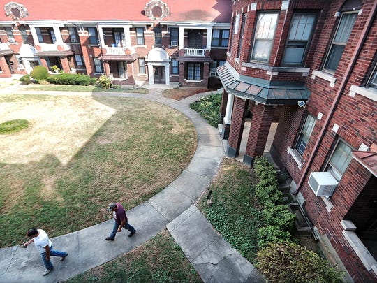 Memphis Property Solutions plans to turn the central lawn at the Broadmoor apartments into a community area for barbecues and relaxation as part of a renovation of the vintage complex near the Medical District.