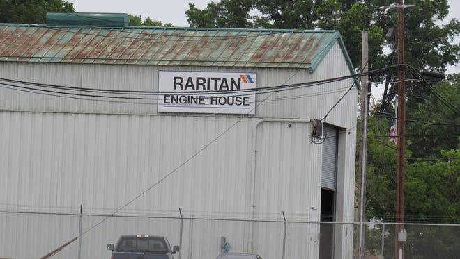 After a decade of quiet, Raritan Borough residents are again complaining the noise from idling train diesel engines idling at the NJ Transit yard off Johnson Drive.