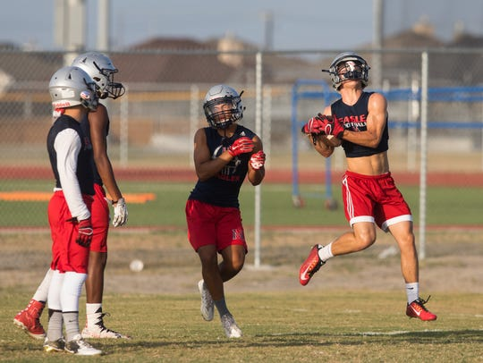 Veterans Memorial players run special teams drills