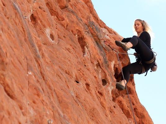 STG0423-rock-climbing-02.jpg