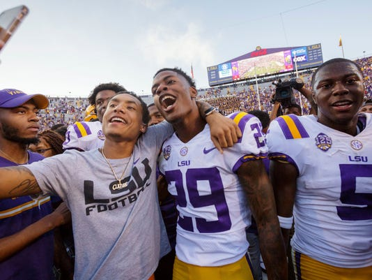 APTOPIX_Georgia_LSU_Football_03756.jpg