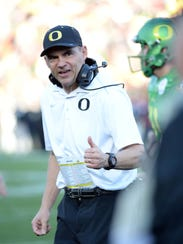 Oregon Ducks head coach Mark Helfrich.